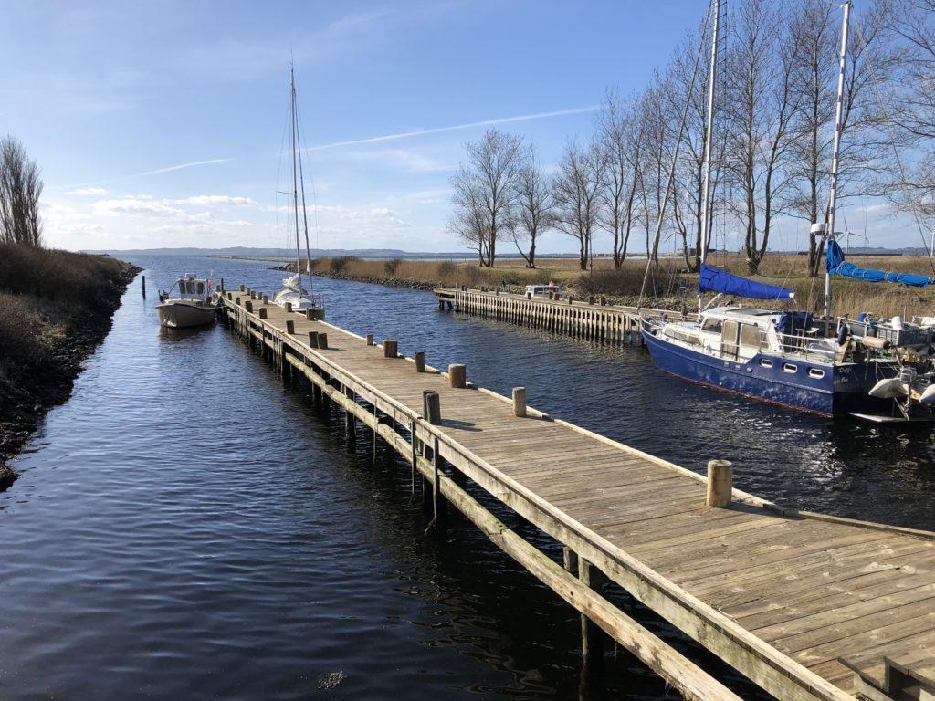Øer_Maritime_Ferieby_nye_pæle